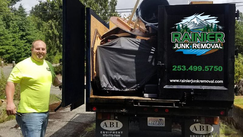 Reliable Junk Hauling in Tacoma